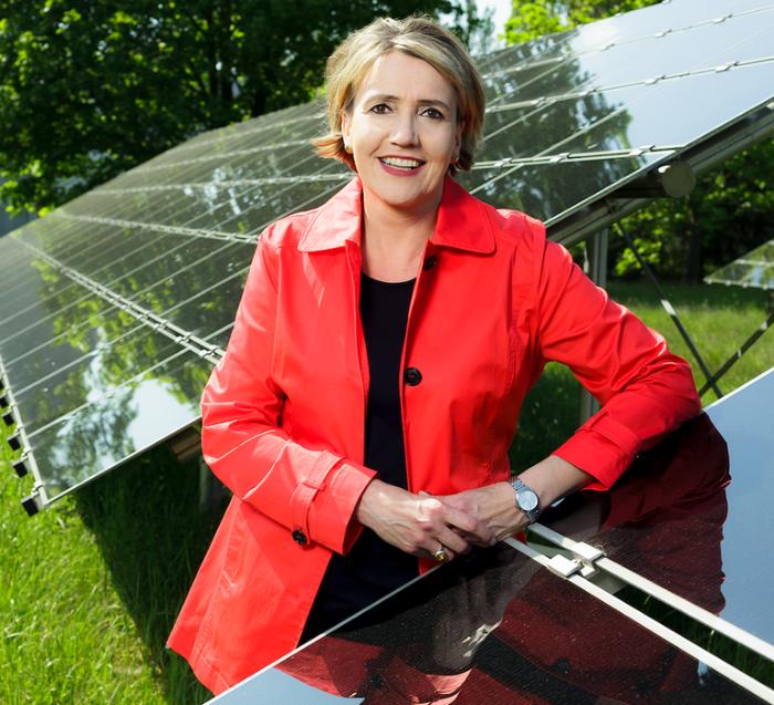 BEE-Präsidentin Dr. Simone Peter © Pressefoto BEE Bundesverband Erneuerbare Energien e.V.