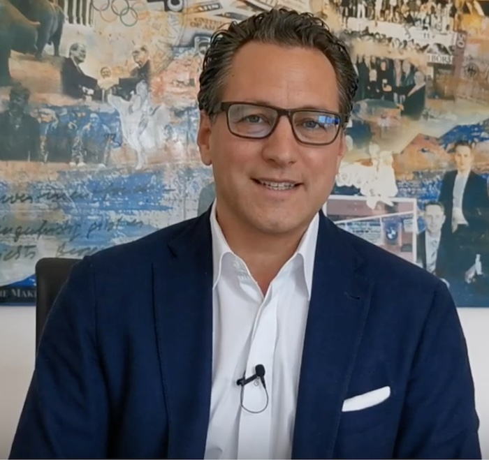 Dr. Sebastian Grabmaier (50) aus Grünwald, Vorstandsvorsitzender der Jung, DMS & Cie. AG aus München © Youtube Jung, DMS & Cie. AG
