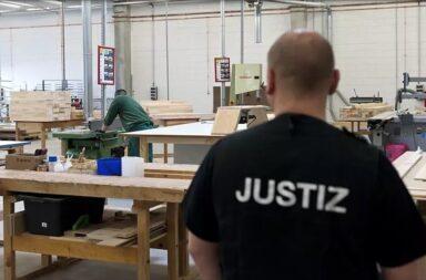 Gefangenenarbeit in der Tischlerei der JVA Burg © Justizministerium Land Sachsen-Anhalt